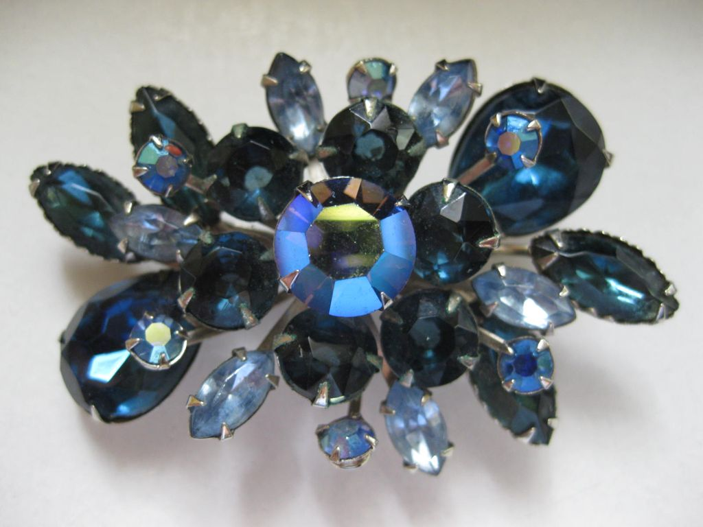 1/2 OFF!  Vintage Beautiful Blues and AB Rhinestone Brooch Pin