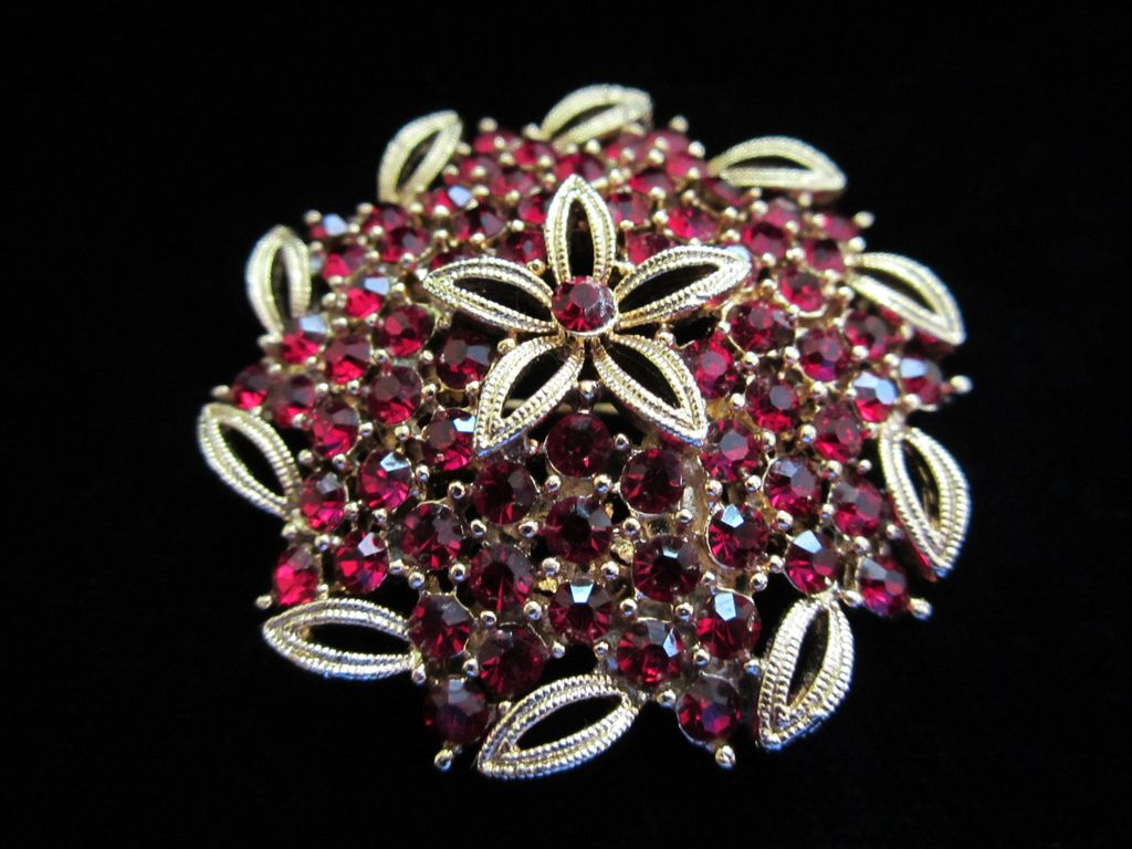 REDUCED ~ Vintage Lisner Red Rhinestone Pin Brooch ~ 1/2 OFF!