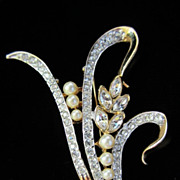 Vintage Clear Rhinestones and Faux Pearl Flower Pin Brooch ~ REDUCED!