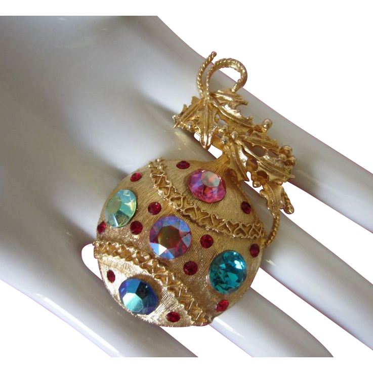 Brilliant Rhinestone Christmas Ornament Pin Brooch