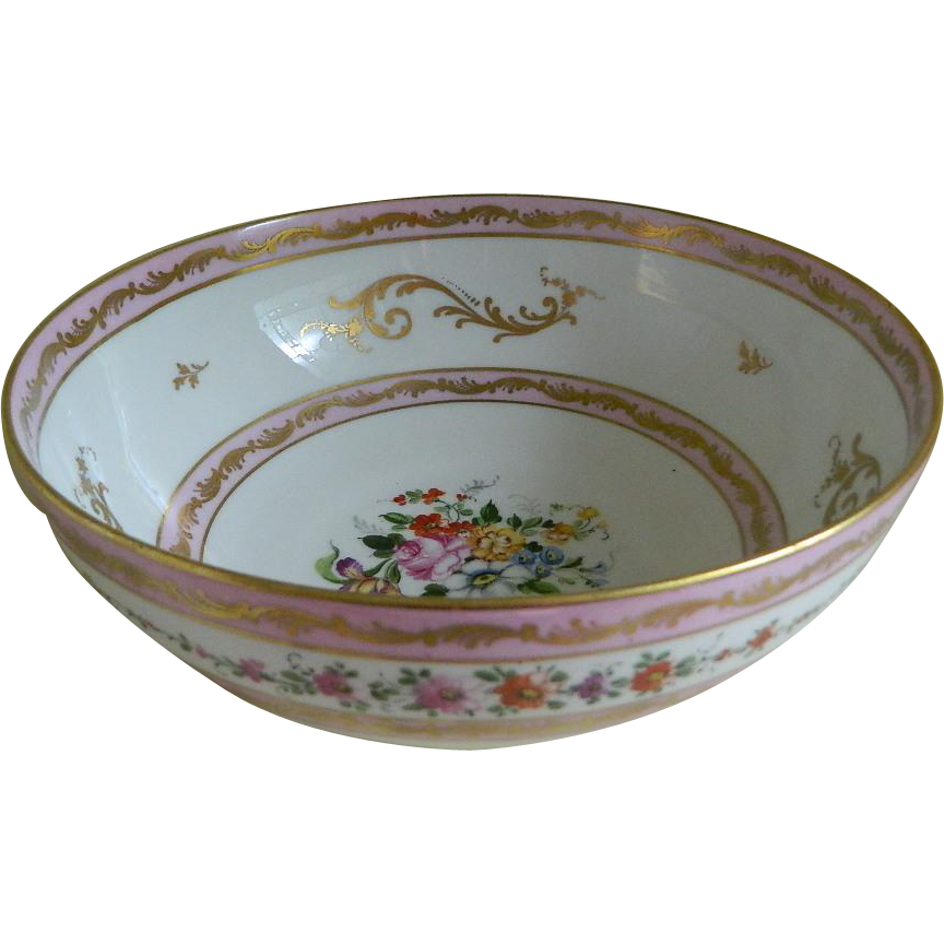 china in the 20th century Late chinese export porcelain charger, 20th century chinese export porcelain  decorated in an elaborate rose mandarin style the decoration is possibly.