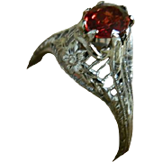 Art Deco, 18 K White Gold Ring with Natural Garnet