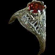 Art Deco, 18 K White Gold Ring with Natural Garnet