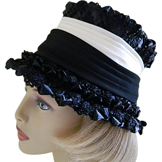 Vintage 1960's Black and White Doris Designed Hat