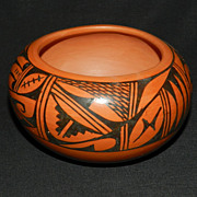 Hopi Pottery by Sunbeam David
