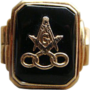 Men's Masonic Odd Fellows 10k Gold And Onyx Ring Size 10