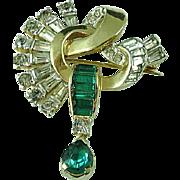 Charming Vintage Deco Mazer Gold & Emerald Green Rhinestone Brooch Pin