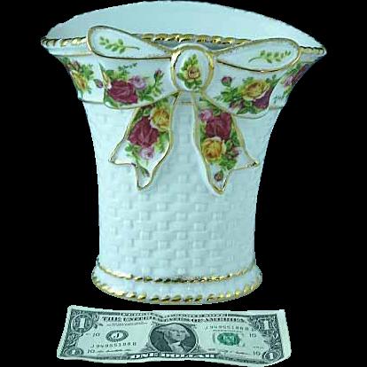 Vintage Royal Albert Old Country Roses Bone China Large Basketweave Vase