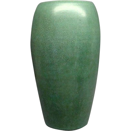 9 Matte Green Marblehead Art Pottery Vase