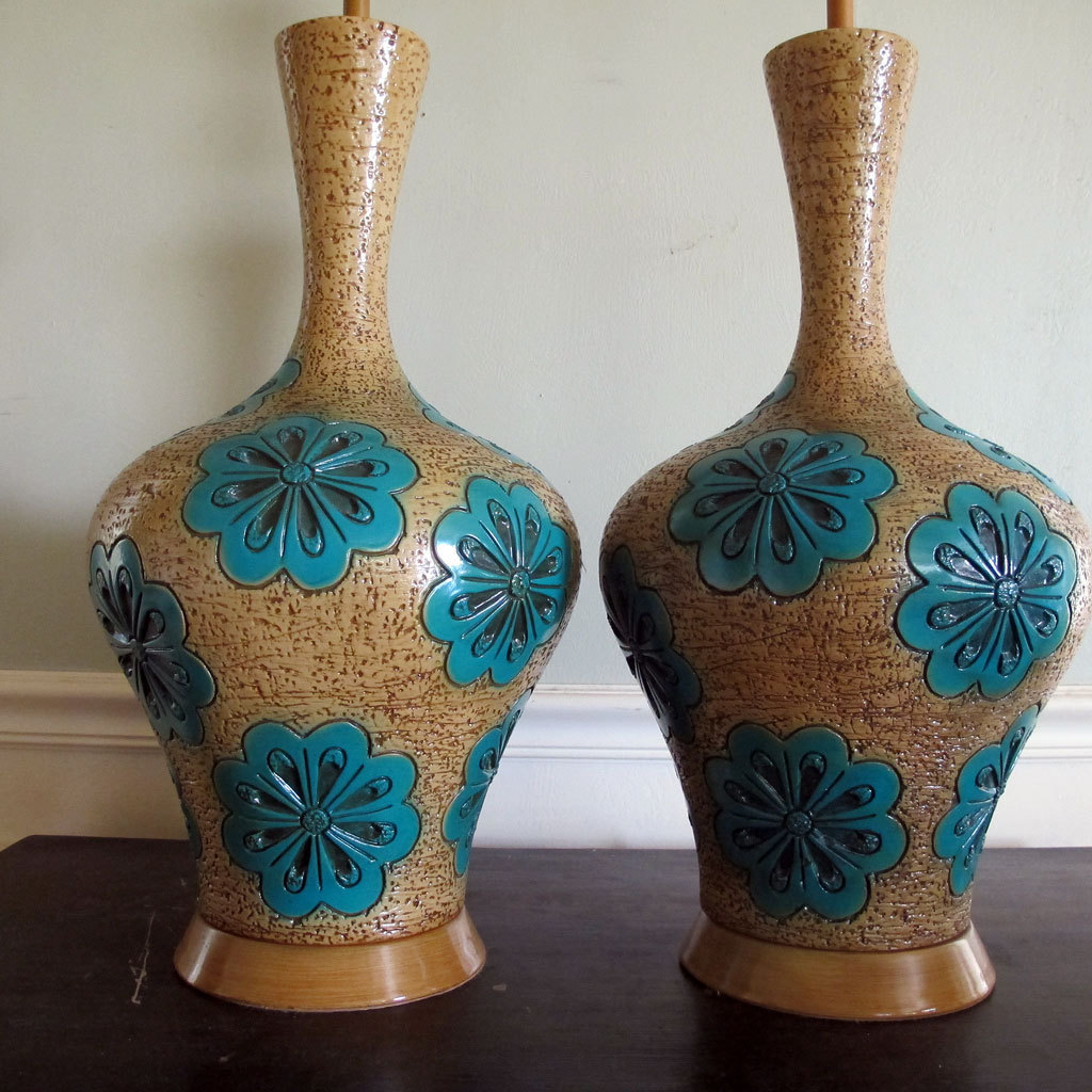 Large mid century modern lamp pair raymor era ceramic for Mid modern period