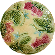 19th Century French Majolica Strawberry Plate, Circa 1870