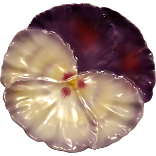 Royal Bayreuth Iridescent Pansy Flower Plate