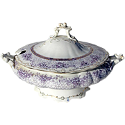 19th Century Wedgwood Mulberry Transferware Tureen In The Phyllis Pattern