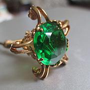 Victorian/Nouveau Gold Filled Nodder Hat Pin Green Stone Ram's Heads