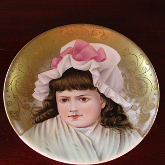 Exquisite Small Hand Painted Cabinet Plate Hand Painted Signed