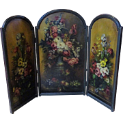 Victorian/Edwardian Hand Oil Painted Folding Fire Screen For Doll Room