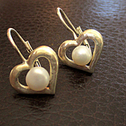 Lovely Sterling Cultured Pearl Earrings Hearts