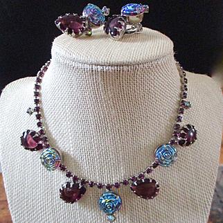 Delightful Demi Parure Blue Glass Roses Necklace Earrings