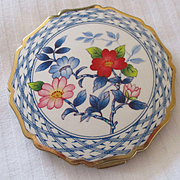 Stratton Enameld Compact Chinois Roses