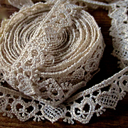 Sweet Heart Lace Trim For Doll Clothes