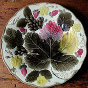 19C Maple Leaf Strawberry Wedgwood Majolica Plate