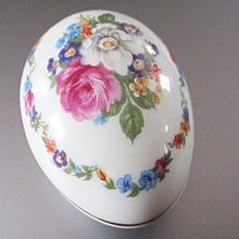Limoges Egg Box Roses
