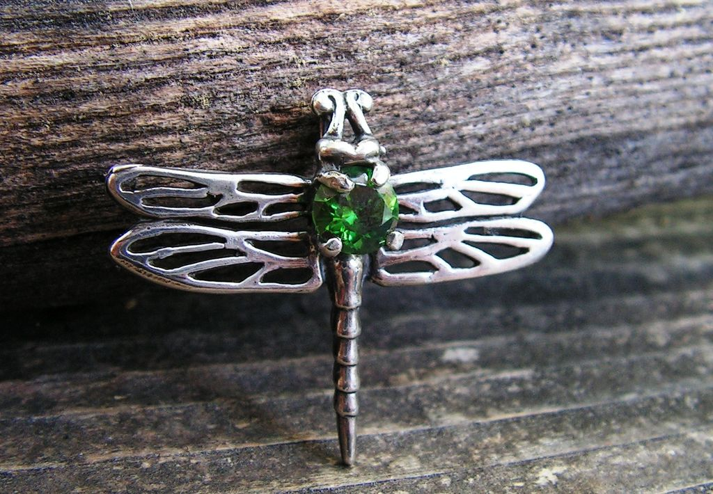 Sterling Silver Dragonfly Pendant With Faceted  Created Emerald