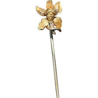 Antique female head 18kt gold stick pin