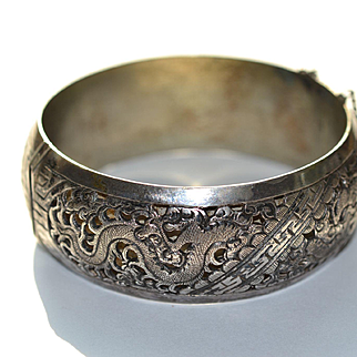 Handcrafted Chinese Silver Bangle Bracelet Tibet Region of China