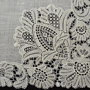 Exquisite Vintage Point Lace Hankie Handkerchief  Wedding Bridal