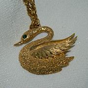 """Gorgeous Swarovski Swan Pendant ~ 24"""" Chain"""