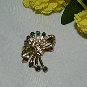 Stunning Art Deco Rhinestone Bow Brooch ~ Perfect!