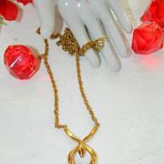 Elegant Crown Trifari Gold Tone Modernist Necklace