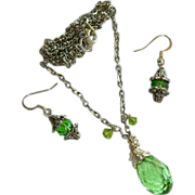 Brilliant Faceted Lime Green Glowing Crystal Necklace & Earring Set