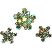 Stunning Weiss Parure ~ Aurora Borealis Rhinestone Star Burst Brooch & Earrings Set