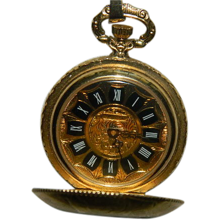 pretty gold plated wind up pocket swiss