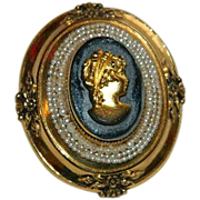 Stunning Coro Black Gold Glass Cameo Brooch