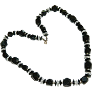 Elegant Art Deco Black & Clear Faceted Lucite Necklace