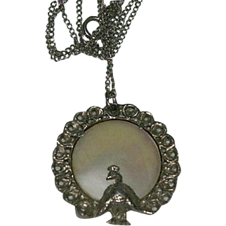 "Pretty Peacock Mother of Pearl Pendant on 18"" Chain"