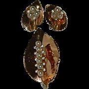 Fascinating Copper Leaves Rhinestone Faux Pearls Brooch & Earrings