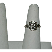 Sterling Silver Eternity Knot Ring sz 7