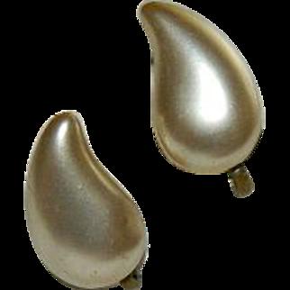 1940's Fish Scale Faux Pearl Teardrop Earrings