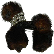 Most Fab Fur Poodle Pin w Faux Pearl Collar ~ K