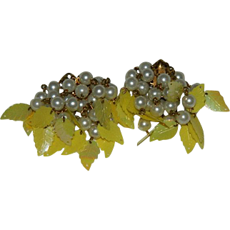 Yellow Lucite Leaf Faux Pearl Dangler Cluster Earrings