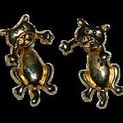 Fun Hanging Kitties Gold Tone Pierced Earrings