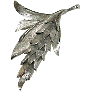 Boucher Silver Tone Wheat Brooch  `Numbered Fully Articulated