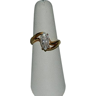 Gorgeous 2.5 ct Simulated Diamond Solitaire Ring sz 7