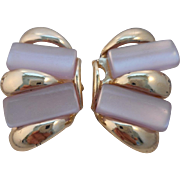 Vintage MOD Mother of Pearl Clip Earrings