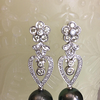 Tahitian Black Pearl & Diamond Earrings 18kt WG