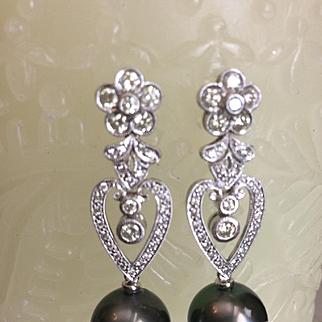 Tahitian Black Pearl & Diamond Earrings 18kt WG